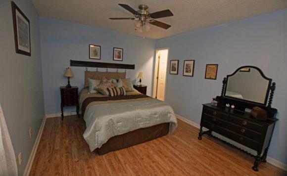 Master Bedroom 107 S McLean