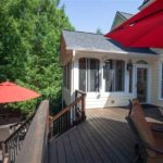 Two-tiered back deck